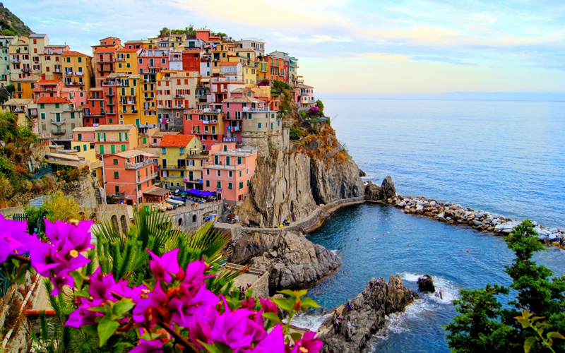 "Tour to ""Le Cinque Terre"" with 7 passengers"