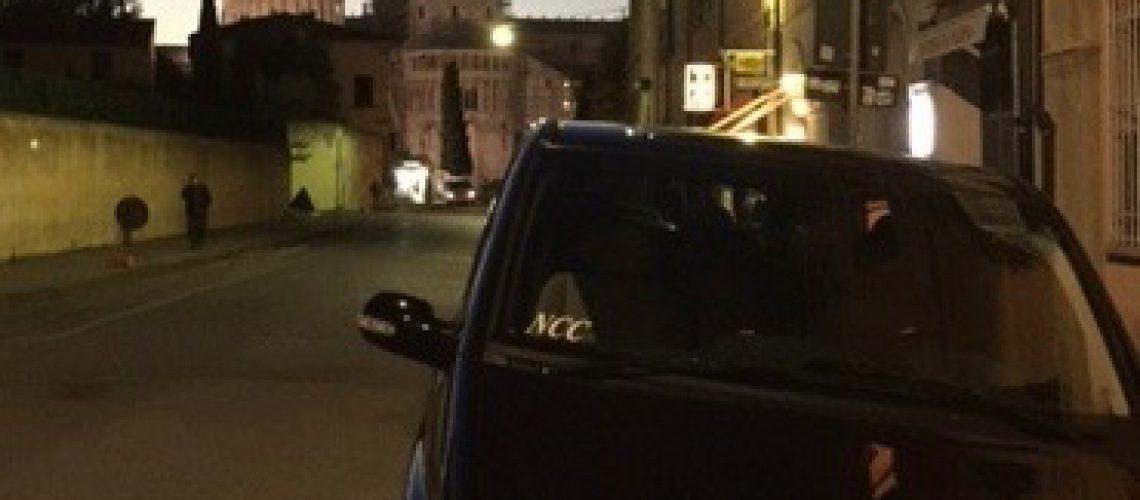 Tour Pisa rental car with driver